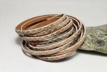 Bracelets and headbands / браслеты и заколки