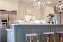 Kjøkkenøy mot stue