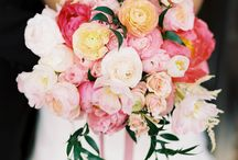 Beautiful Bouquets / Beautiful bridal bouquet inspirations! Wedding flowers and blooms tied up in pretty silk ribbons.