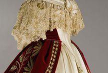 Виртуальная костюмерная: мода, эпохи, театр