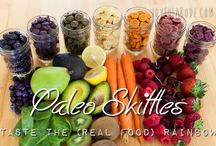 Paleo Snacks / by Melissa Pointer