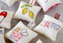 Pincushions & Sewing Accessories