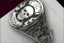 signets/ jewellery