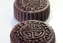food > sweets > mooncakes