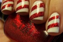 christmas nail art / by Dannydevine