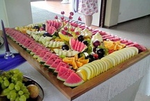 BUFFET/PARTY  IDEAS / by AIDA ESPINOSA