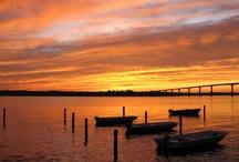 sunsets / by Carolyn Wyatt