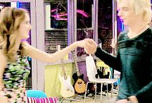 AUSLLY / Austin and Ally, the fictional characters, ya know?? They're really cute but irl i don't ship Raura, I ship Rourtney. I have a board about that. Check it out but first check this one out :))