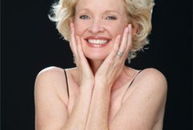 Christine Ebersole / You should hear her sing.