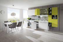 Kuchyňa Cora biela arctic vysoký lesk / limetka vysoký lesk