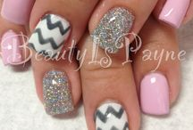 Shellac Nail Designs and everything NAILS :) / by Lauren Bergen