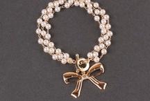 Bijuterii si accesorii online / Bijuterii din argint, bijuterii placate cu aur si accesorii online la moda pentru acest sezon! Ofertele magazinelor online descoperite de StyleAndTheCity!