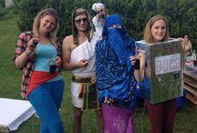 Kostýmy / Ukázka kostýmů na naše velmi oblíbené tématické večírky.