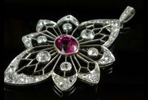 Antique Pendants / A stunning collection of Antique Pendants, from the Edwardian, Georgian, Victorian and Art Deco periods up to the present day, encrusted with Diamonds, Sapphires, Emeralds, Rubies and Semi Precious stones.