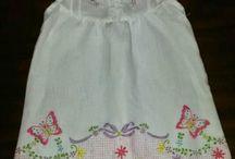 ropa para bebes / Vestidos y bordados para niñas
