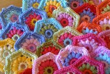 crochet: hexagons / by Mika Hillery