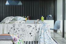 Текстил по скандинавски / Днес ти сервираме пъстра порция скандинавски текстил - от изчистен и класически до нетрадиционен и шантав десен, с който няма да имаш търпение да облечеш диваните у дома или да ползваш като произведение на изкуството, което да окачиш на стената.