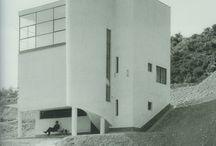 Modernist_Arch