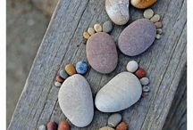 Beach craft pebbles