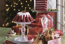 Cake Plate / Delicious Cakes / by Susie Johnson