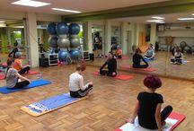 Cours de Yoga au Cercle Bastille Paris / Découvrez les cours de Yoga aux Cercles de la Forme http://www.cerclesdelaforme.com/fr/yoga/