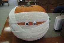DIY Pumpkins / Save these DIY pumpkin ideas - from literary-themed to downright frightening!