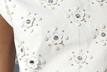 White Floral Glamour Flower Pattern