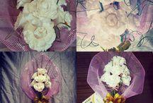 Подарки из гофрированной бумаги © by Alizaika / Подарки из гофрированной бумаги:  букеты из конфет, искусственные цветы, букеты, топиарии. Автор Алиса Власова (Alizaika). Группа ВКонтакте: http://vk.com/alizaika_handmade Страница ВКонтакте: http://vk.com/alizaika