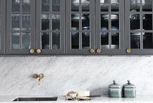 Grey kitchen // interior