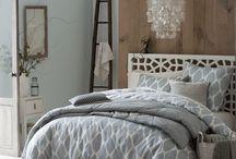 GUEST BEDROOM / by Jourdan De Grado