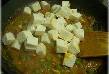 Indicke recepty / Recepty a postupy na pripravu indickych pokrmov a korenin