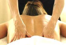 Massages / Varje fredag erbjuder Sandrine Staaf på Revivekliniken klassiskt massage 60 min. Kontakta oss på tel:08:6111600 för bokning av tid. Varmt välkomna.