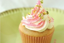 All about the Vegan Cupcakes! / Vegan cupcake feature and recipes.