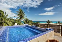 Caribbean Villa Vacation Rental / Oversized private luxury villas in Playa del Carmen great for get togethers. These Villas are close to surrounding beaches.
