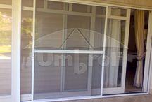 Szúnyogháló / Biztosítja a szabad légáramlást a házban és kívül tartják a nem kívánt apró betolakodókat.