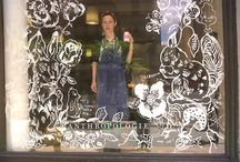 Window display painting
