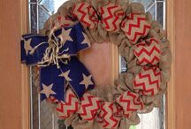 Wreaths / by Shawnna Wheeless