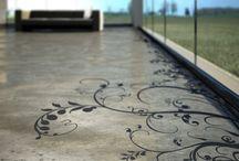 Floors / Concrete floor and stencil