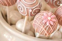 Cake/Cookie Pops & Candy / by Cat Thomas
