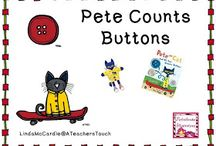 Pete the Cat / by Robin Atwood