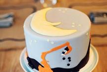cakes / by Sarah Lavigne
