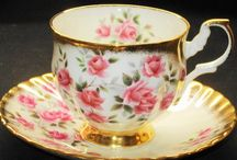 tea pots / by Cindy Owen