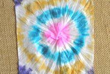 Baby  wipe  dye  art