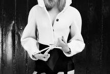 b / by Ghislain Touraine