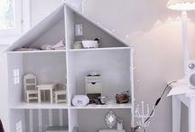 Doll hauses / Miniatury, domeček
