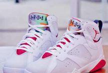 Sneaks / Sneakers from Jordan, Adidas, Nike and more