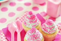 ♥Cupcakes Love♥ / by Pame Becar