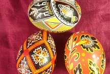 Pisanki / Eggs I admire and which have patterns I'd like to try out. Additionally, other types of objets d'art which I think have interesting patterns to translate to eggs. / by Carrie Zarnoch