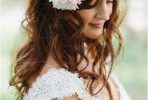 Hair Flowers  / Ways of wearing flowers in your hair.