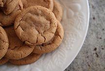 Recipes - Bars & Cookies / by Lynn Dingle